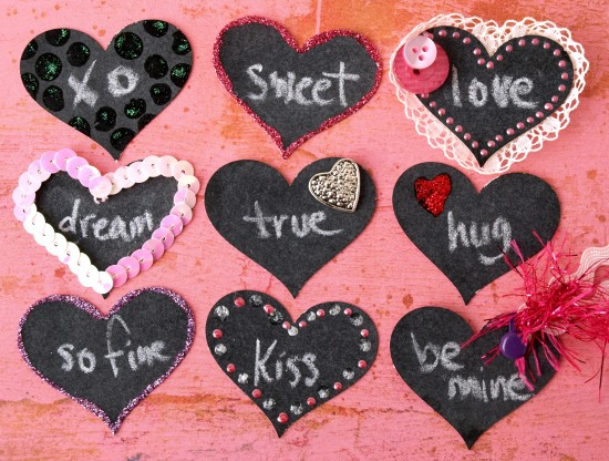(via  DIY Chalkboard Valentine Hearts | papernstitch )