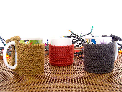 (via  Crocheted Coffee Mug Cozy )