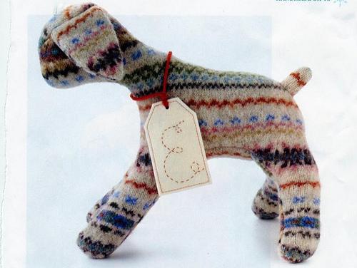 Handmade Stuffed Wool Animals (via Design Scouting)