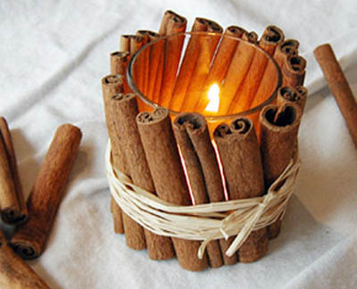 Cinnamon Stick Votive DIY (via  Apartment Therapy Re-Nest)