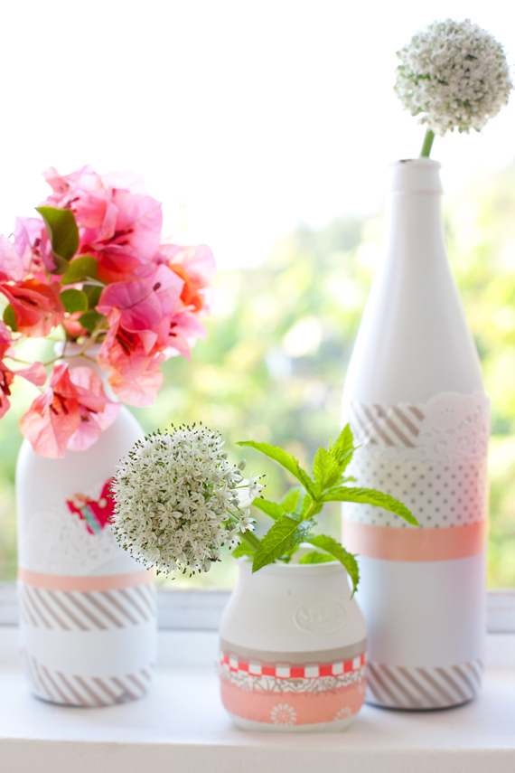 Sweet (and simple!) vases from a creative mint   (via  a creative mint: Summer Raspberry, Peach and Mint )
