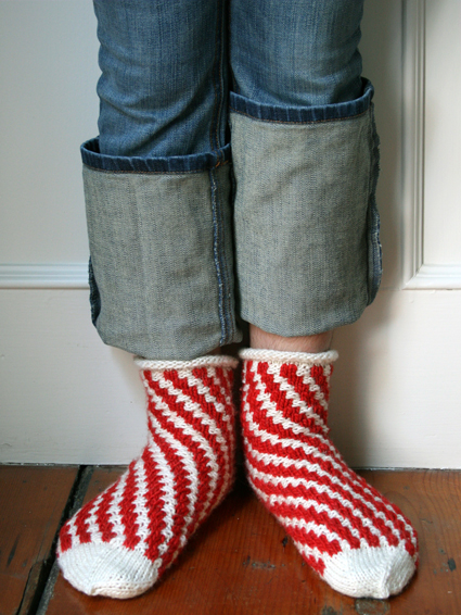Whit's Knits: Candy Cane Bedroom Socks - Knitting Crochet Sewing Crafts Patterns and Ideas! - the purl bee    So cute! I'm starting some as soon as I'm back home.