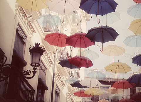 FFFFOUND! | Lost and Found: The Umbrella Image! » ohbrooke: The Idea Attic