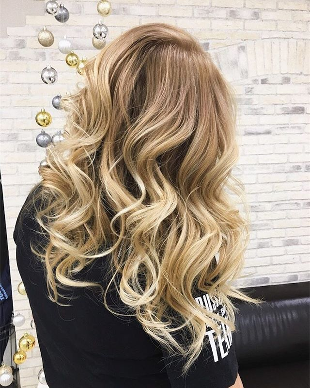 Похоже, что #мастер_шишинкова_юлия обожает делать балаяжи 😍#инвог_окрашивание #invogue_hair_coloring