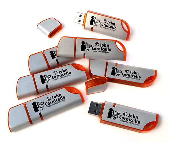 """Curve"" style memory sticks with 8-gig capacity"