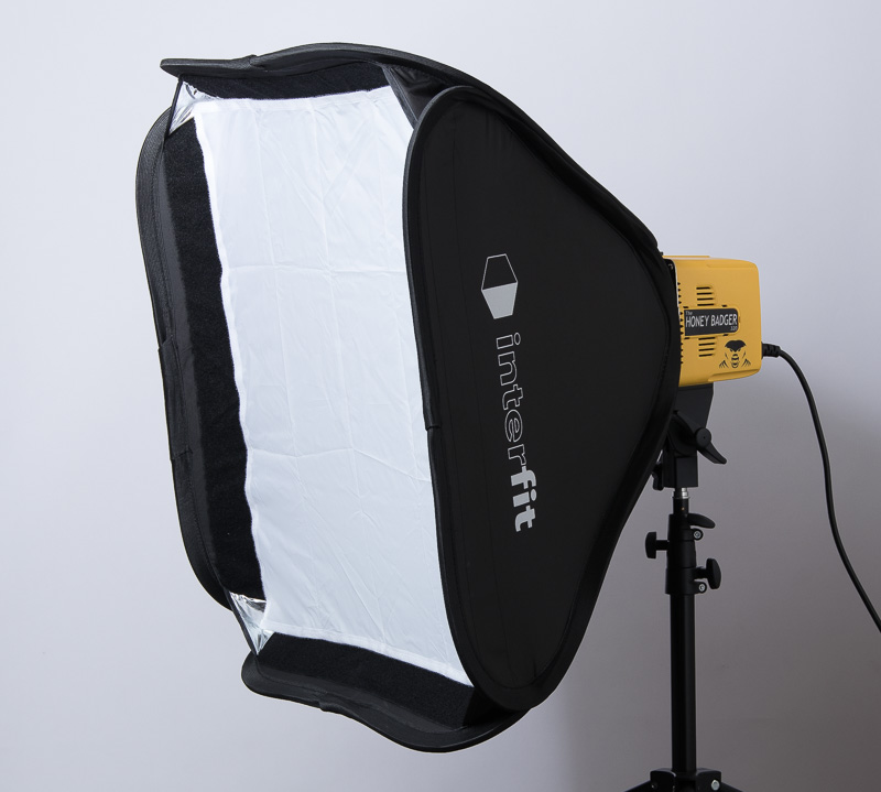The included softbox with both diffusion panels in place