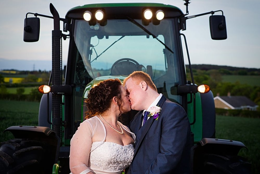 northumberland-farm-wedding-photography-32.jpg