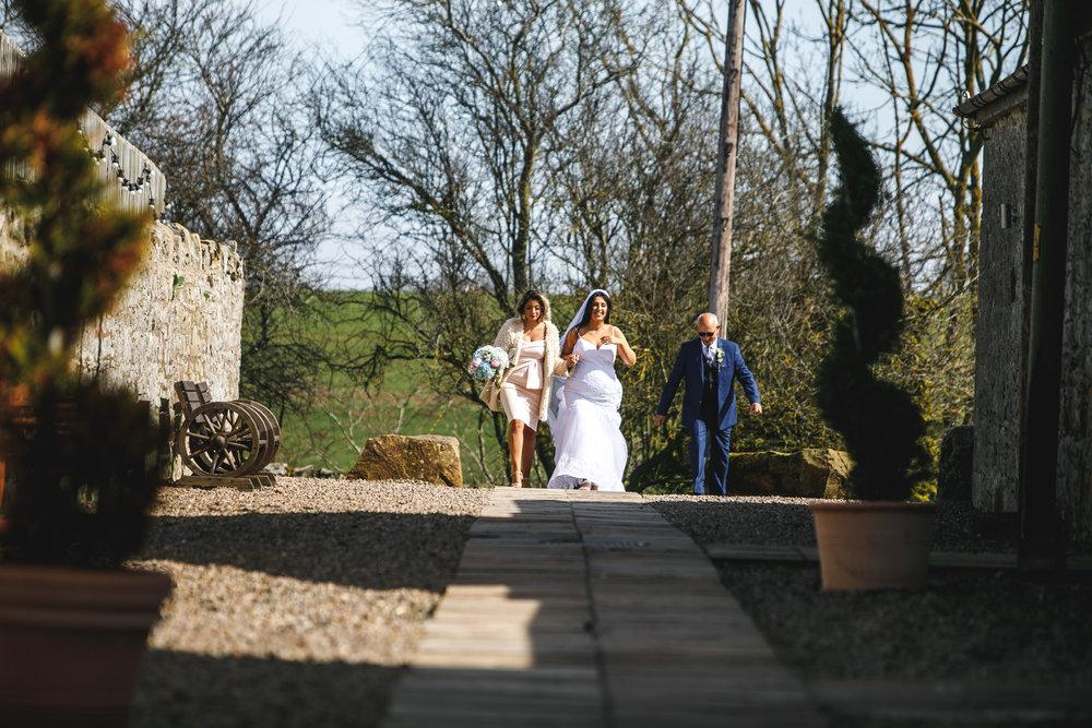 doxford barns wedding photos-24.jpg