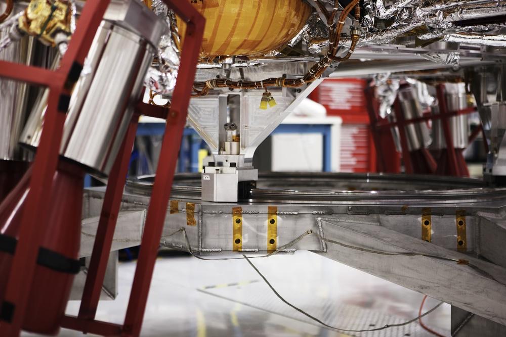 NASAJPL_2011-04-04_13-26-01__JAL8807_©JosephLinaschke2011 - Version 2.jpg