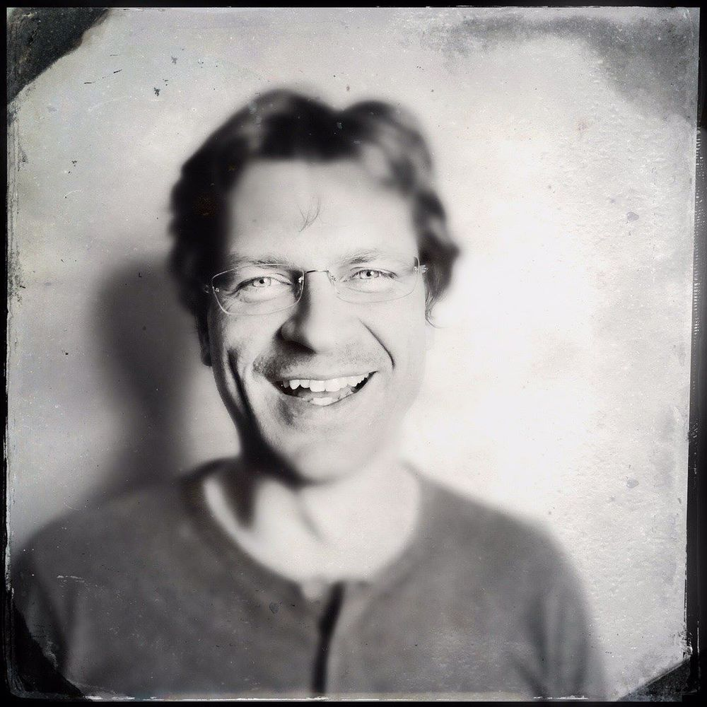 Guest Book Series: Martin Majkut, Conductor for the Rogue Valley Symphony #guestbookseries #ashlandoregon #Hipstamatic