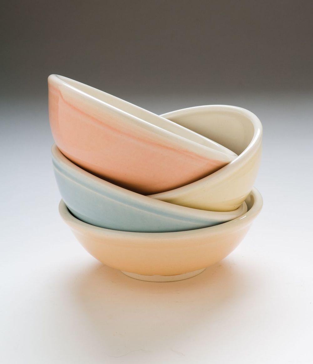 Bryant1_stacking bowls-1.jpg