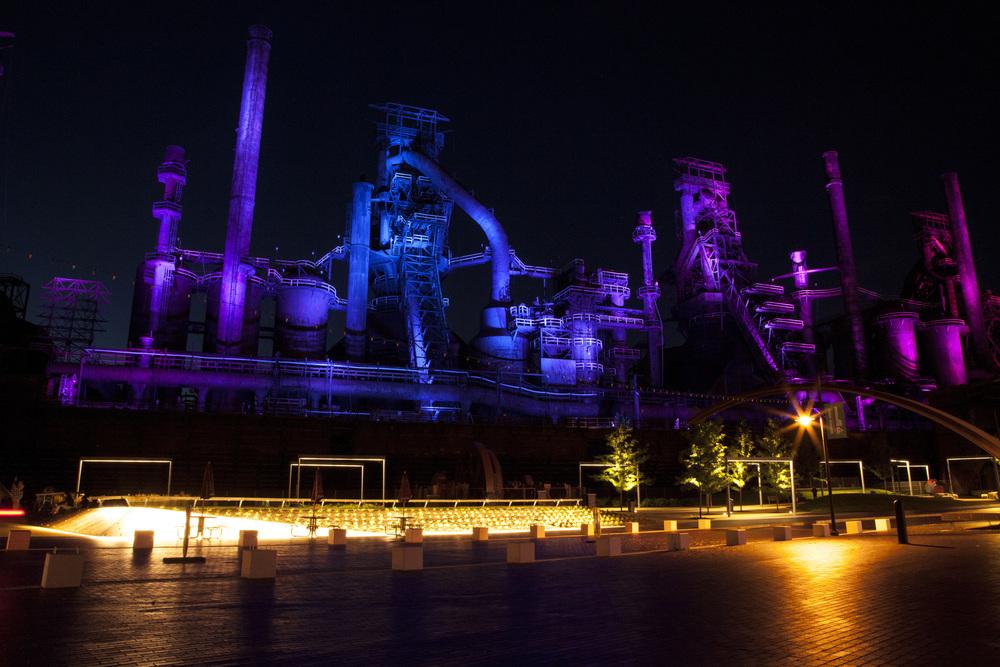 Bethlehem, Pennsylvania  Bethlehem Steel by night (click to enlarge)