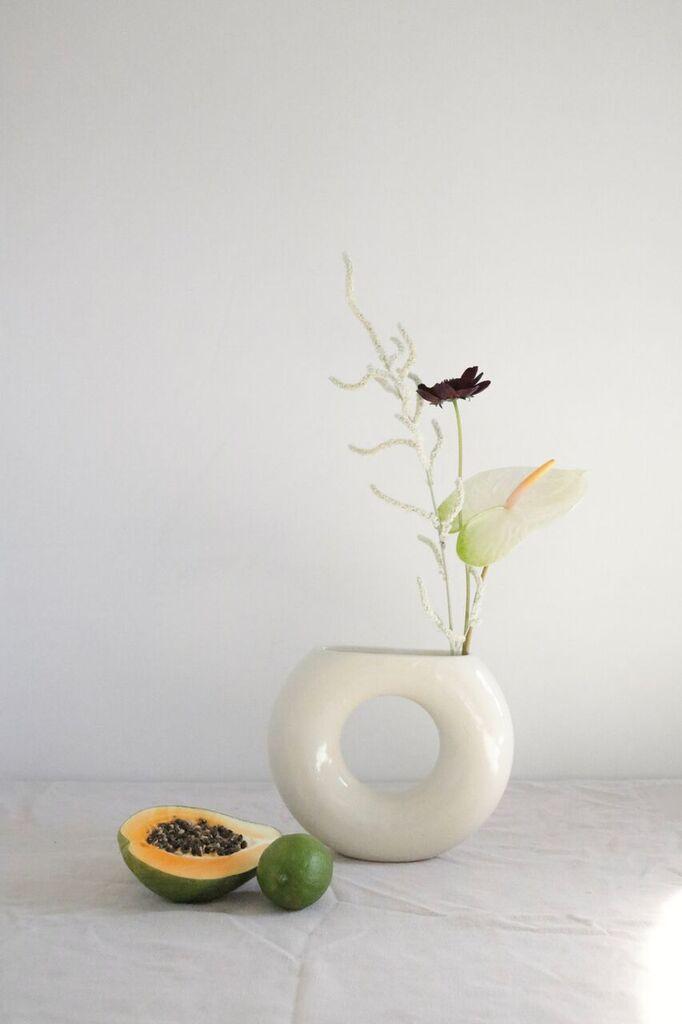 Rachel Saunder vase.jpg