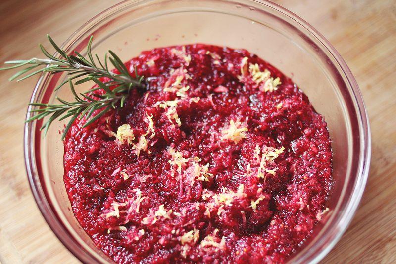 candiedgingercranberrysauce.jpg
