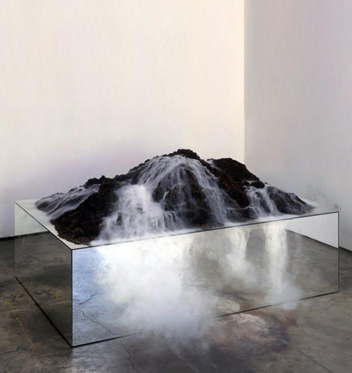 volcanomirror.jpg