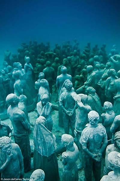 SCULPTURE BY JASON DE CAIRES TAYLOR
