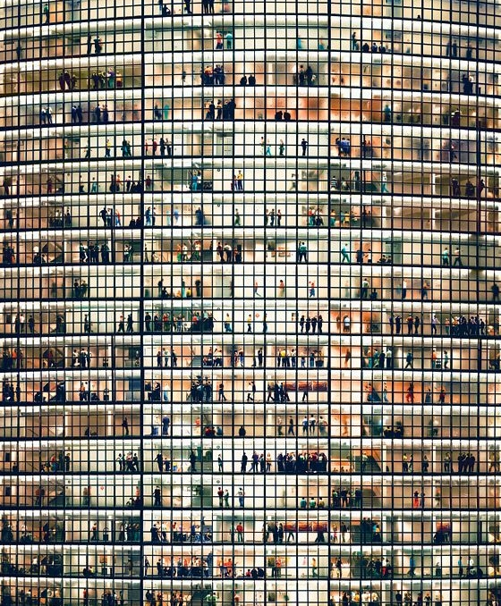 IMAGE BY ANDREAS GURSKY