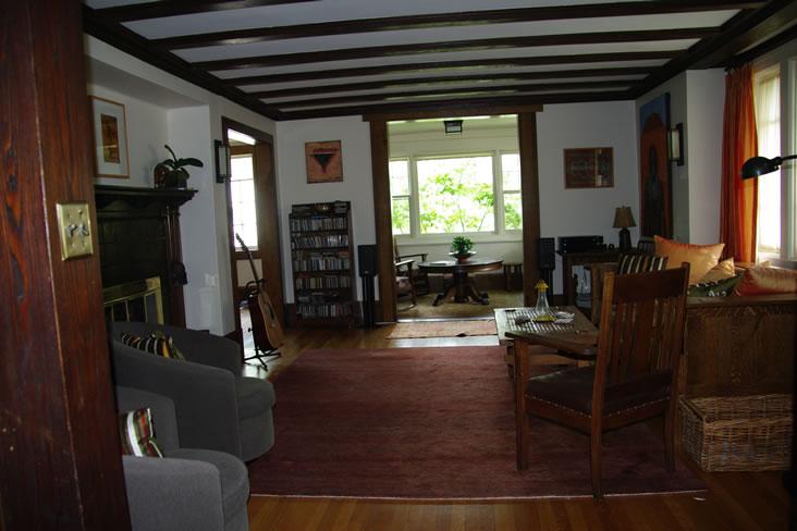 Livingroom13.jpg