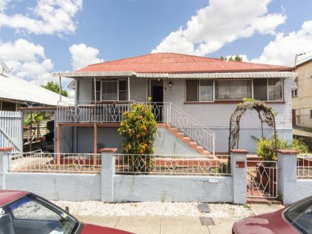15 PRINCHESTER STREET, WEST END. SOLD for $800,000