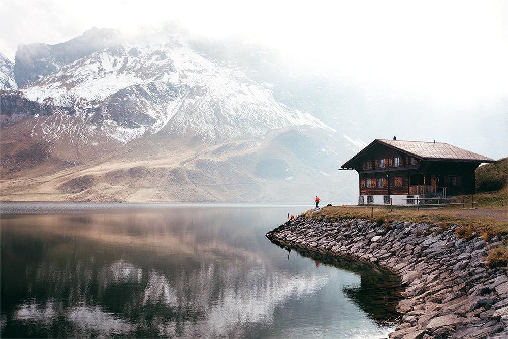 Claireonline_Melchsee-Frutt_cabin_switzerland.jpg
