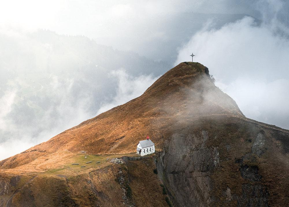 Claireonline_Pilatus_klimsenhorn_chapel_switzerland.jpg