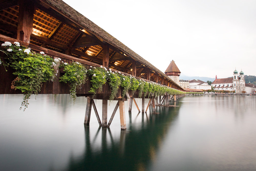 Claireonline_Lucerne_Chapel_Bridge_switzerland.jpg