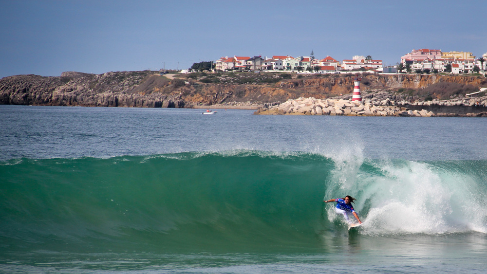 blackorwhite_daniel_keppler_portugal_wave1.jpg