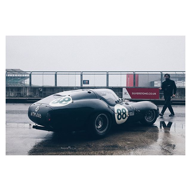 Wonderful day sloshing around in this fabulous, 'one of one' Lister Coupe... 'Chapeau' @harrismonkey for your Goodwood performance in this a few years ago, it's an oversteery little begger isn't it?! #sidewaystovictory . . #Lister #listercoupe #goodwoodrevival #jaguar #listerjaguar . prepared by:#blakeneyedwardsmotorsport @patrickblakeneyedwards 📸: me with #iphone7plus