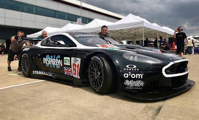 What a treat to drive this sensational ex-Strakka Aston DBR9 with my old mate @nickleventis 👍🏼 Car feels fantastic and we're on class pole for tomorrow's race, can't wait. 🏁🏁💨💨 #astonmartin #dbr9 #gt1 @strakkaracing