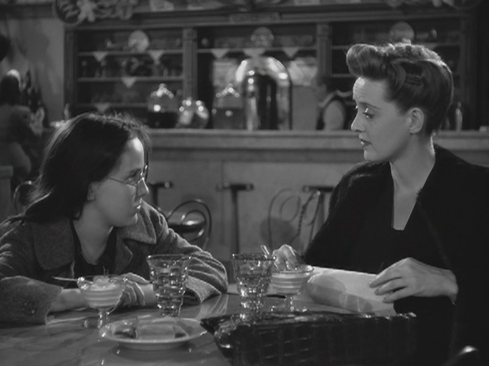 The Next Reel - Now Voyager 50.jpg