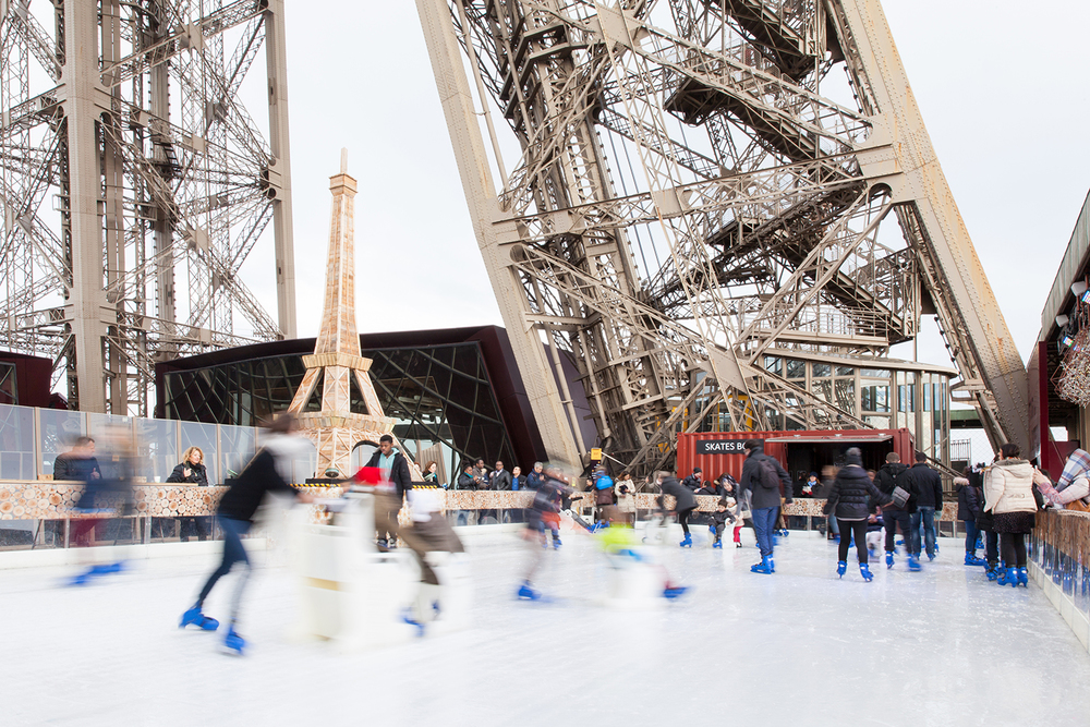 eiffel tower france ice skating