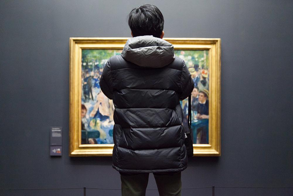 Copy of museum exhibit photographer