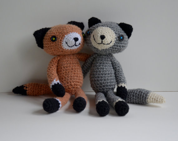 Pair of Foxes by LuvKt.etsy.com