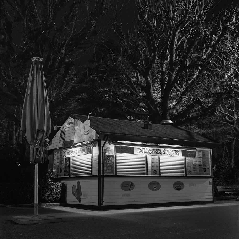 11. Kiosk Burgerowy z Lozanny.jpg