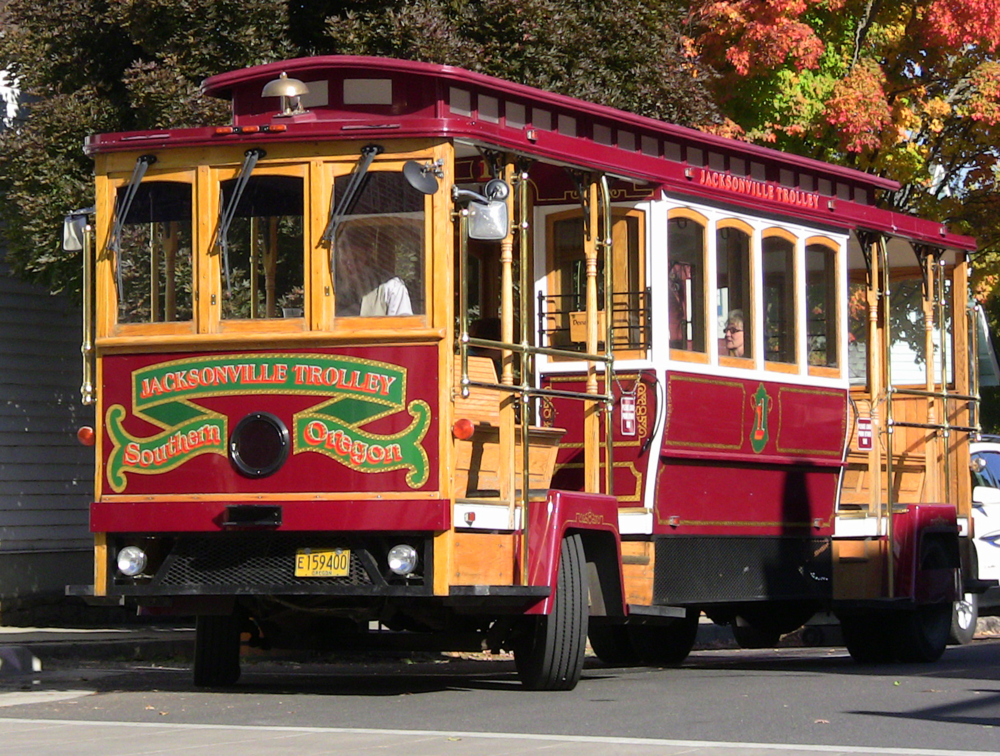 Jacksonville Trolley Tours  May through October