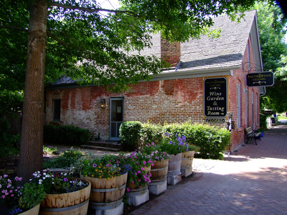 South stage cellars tasting room in Jacksonville