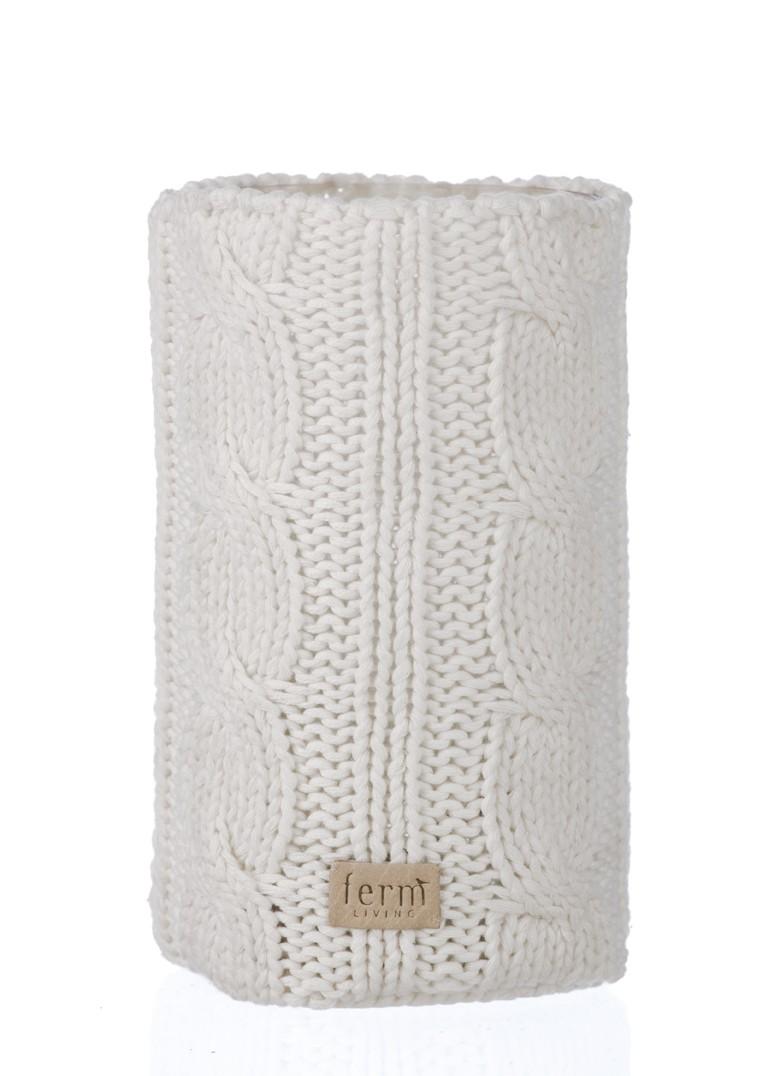 Fern Living vase, 17.50 Euros.