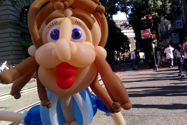 balloon-sculpture-girl-san-francisco.jpg