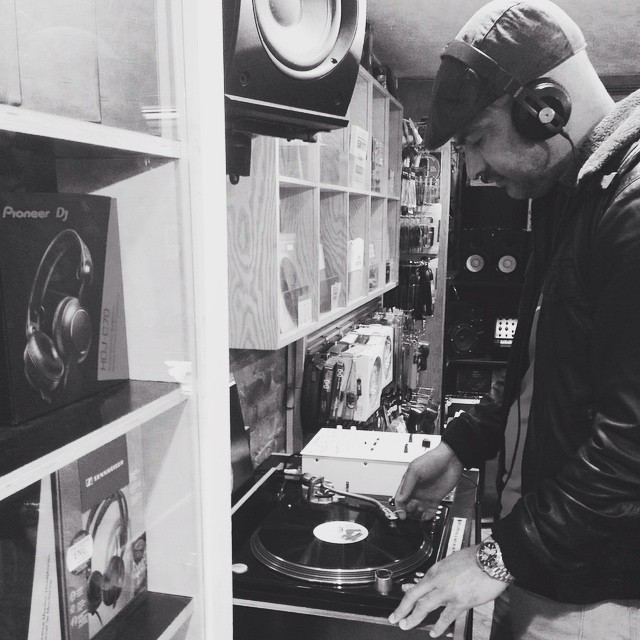 Mingo @mingointhedance checkin new sounds @turntablelabnyc  #dj #newnew #handsome  #haitiancreation 🎶❤️ #westcoast on the #eastcoast