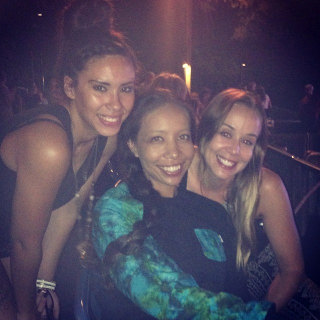 #AgeOfAquarius Good times last night w/ @nerdlikejazzy @mjallenn at #Hair #HollywoodBowl ☺️❤️love these two👯