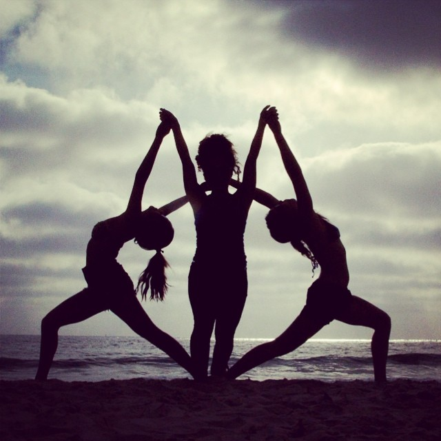 Symmetry at the beach w/ @smmeneses @ajjones408   #silhouette #yoga #amigas