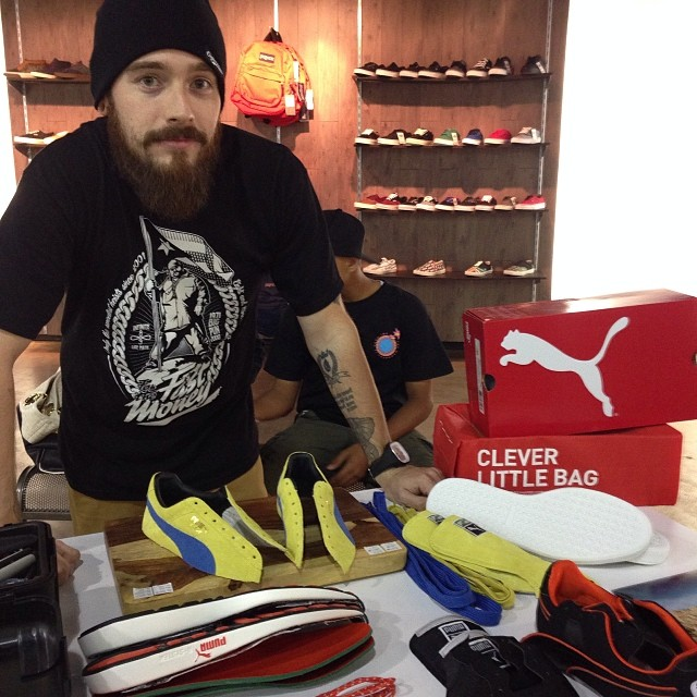 Choppin' Pumas! Artist friend whom I greatly admire.. @freehandprofit doing a live chop @millenniumshoes #pumas #ToddJamesLA