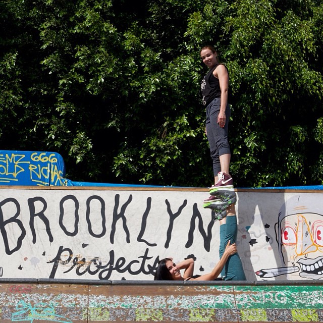 Acroyoga w/ @aubrymarie yesterday at Brooklyn Projects LA @brooklynprojectsla ✨✌️Had a great time yesterday with friends @nerdlikejazzy working on projects for @KicksOnFire & @brooklynprojectsla ✌️✨ @brooklyndom68 @melloewone  Mural Art by @MocheLife