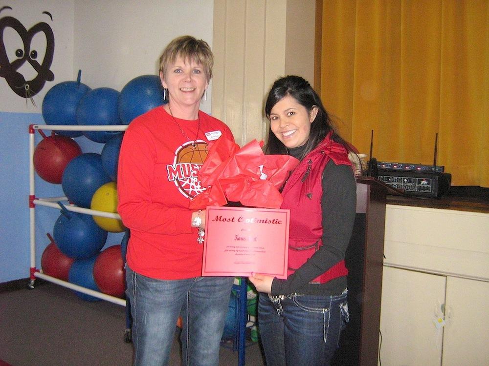 Karen Hunt (left) with Principal Crystal Meneses