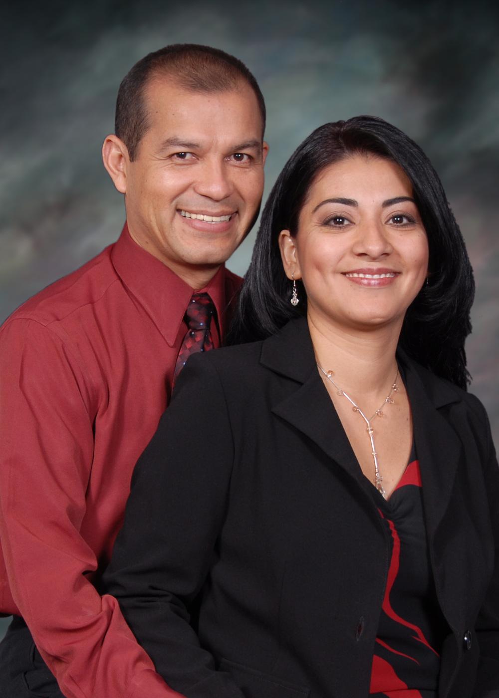 Pastor Saúl y Carolina Hernández