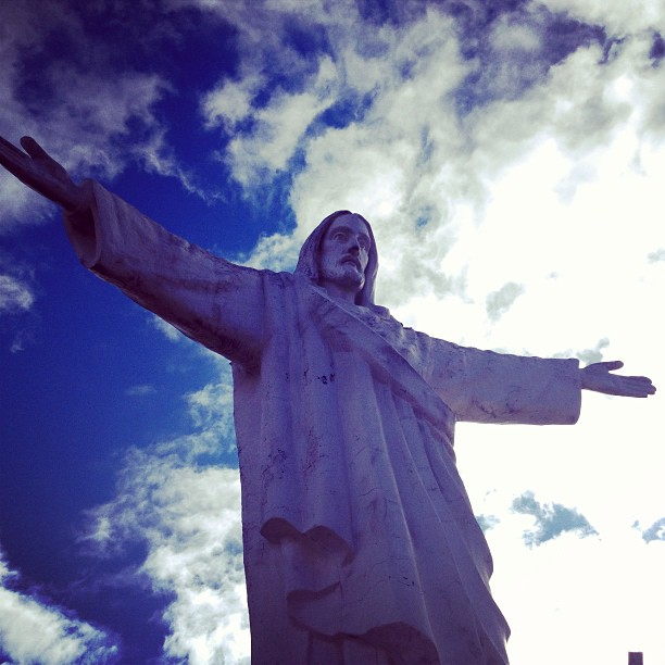 danicoronaphotography :     The Jesus statue over Cusco.