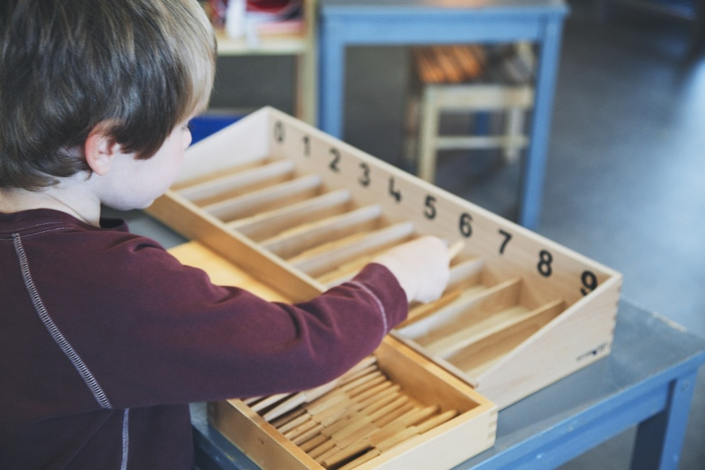 spindleboxes montessori.jpg