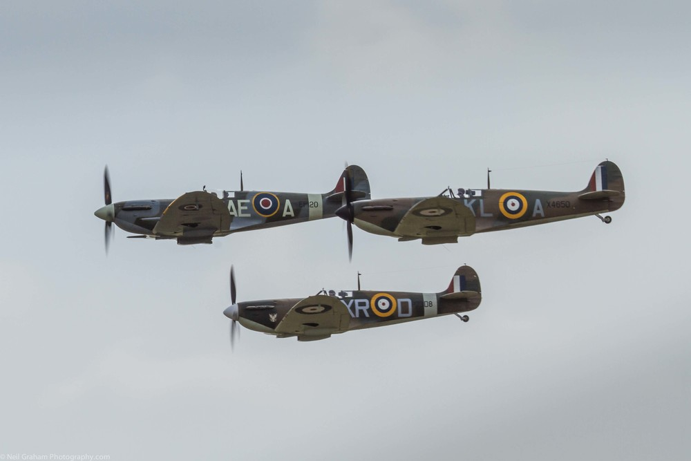 Spitfire 1A X4650 Spitfire 1A AR213 Comanche Warbirds & Spitfire F VB EP120 _ The fighter collection  Click on the photo to view more Spitfires