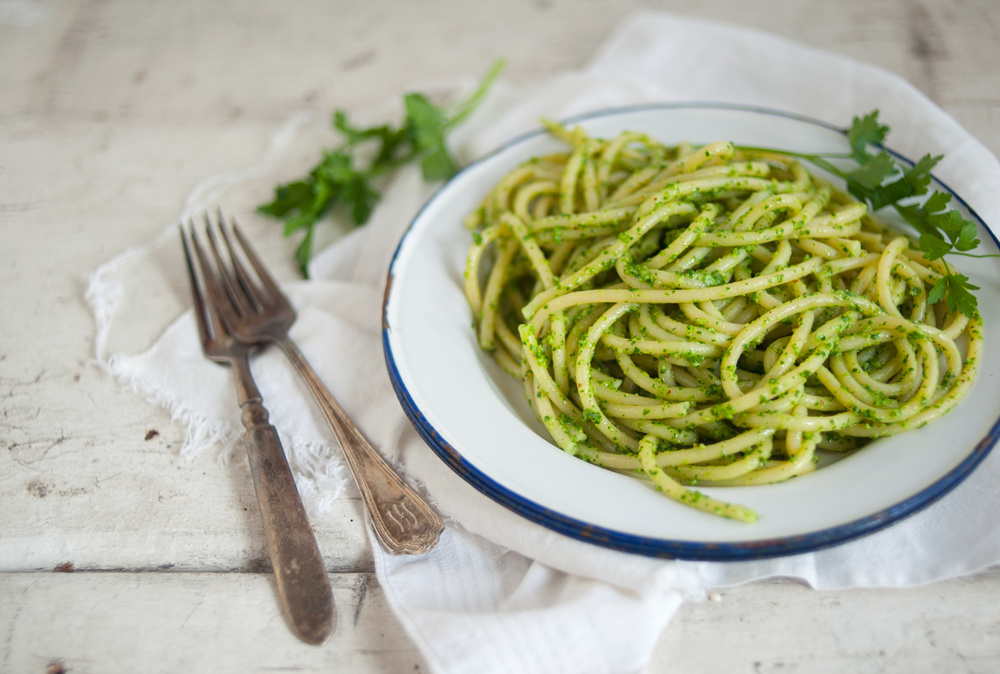 pesto_pasta_food_photography.jpg