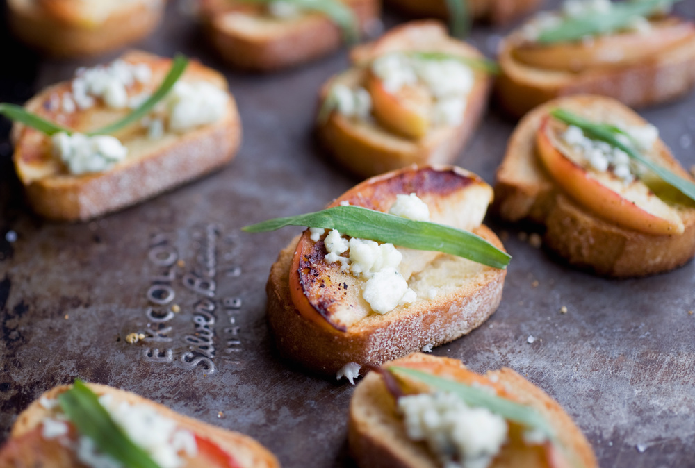 apple_crostini_food_photography_1.jpg